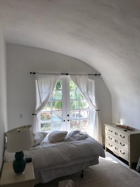 The Villa House Bedroom Design - The Villa House