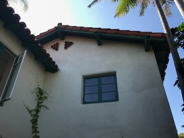 The Villa House Exterior Design Company - The Villa House