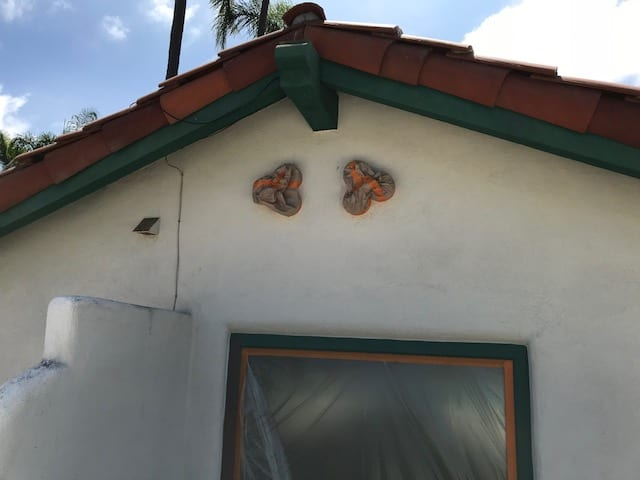The Villa House Roofing Design - The Villa House