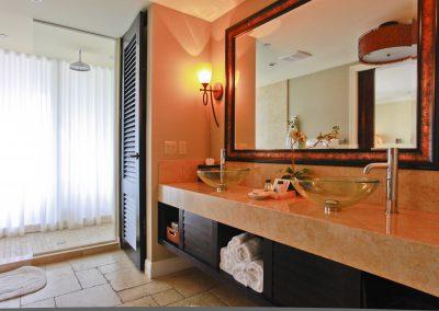 luxury bathroom FA42MFC 1 400x284 - Contractor Services
